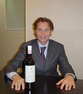 ピアッジャのコンサルタント、アルベルト アントニーニ
