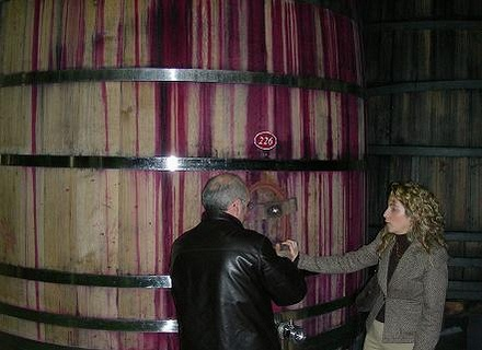 アルタディのワイン醗酵大樽